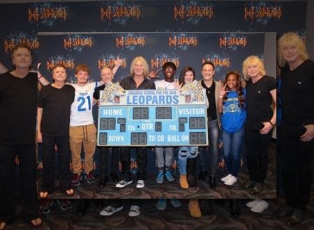 4ebb711bd9f0 2 Years Ago DEF LEPPARD Meet The DEAF LEOPARDS In Little Rock. Def Leppard  2016.
